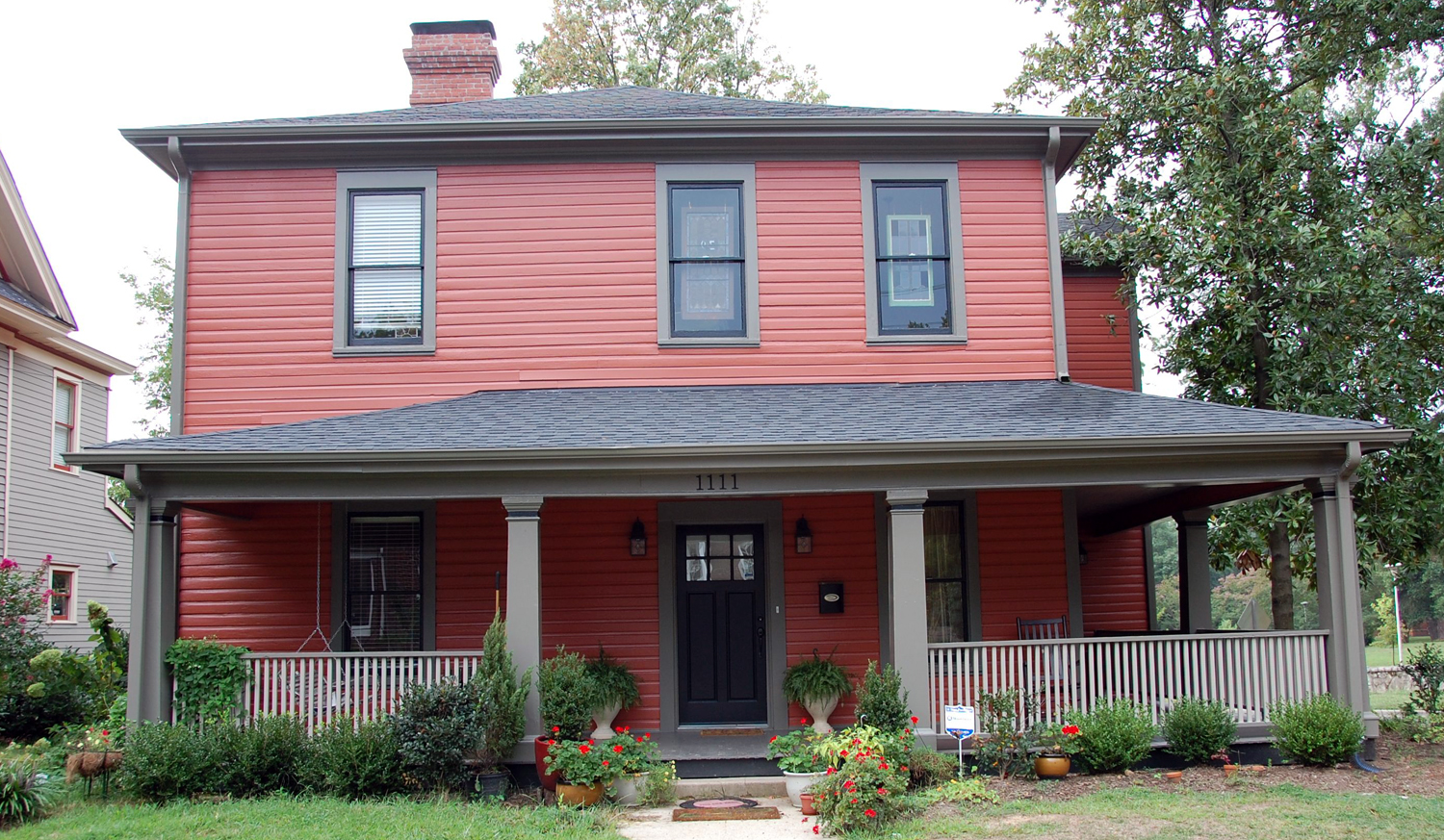 House colors four over one design - Red exterior wood paint plan ...